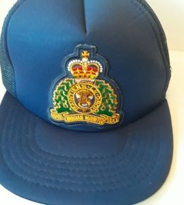 Other - Vintage Royal Canadian Mountain Police Mesh Hat